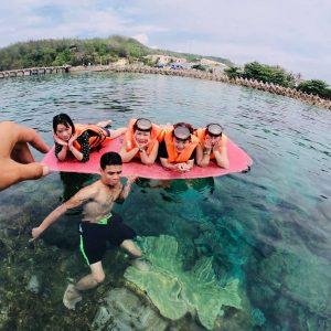 san hô cù lao xanh đẹp tuyệt vời, các bạn có thích không, nếu thích thì hãy đặt tour đi cùng mình nhé